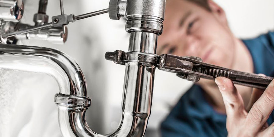 3 Plumbing Jobs You Should Leave To The Experts
